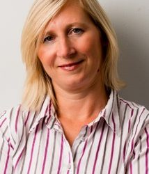 Lynda Girvan